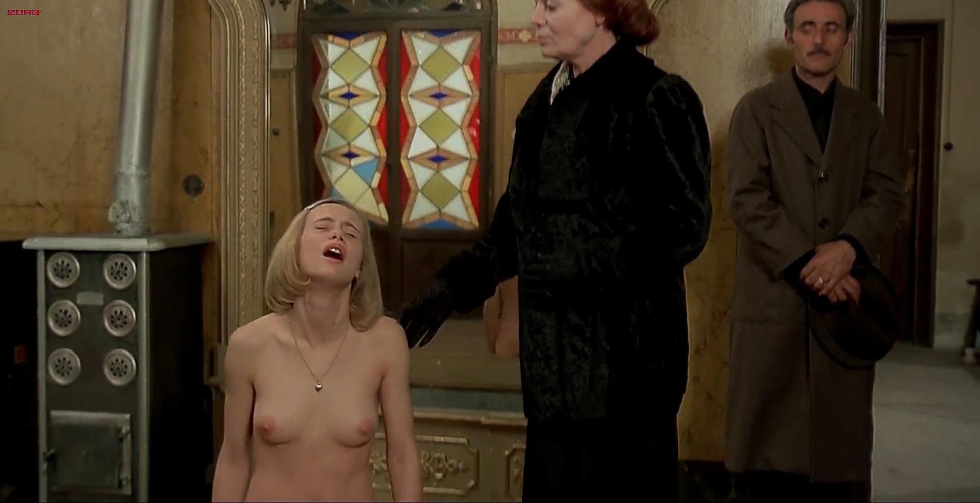 Renata Moar nude full frontal - Salo - 120 Days of Sodom (1975) hd1080p (2)