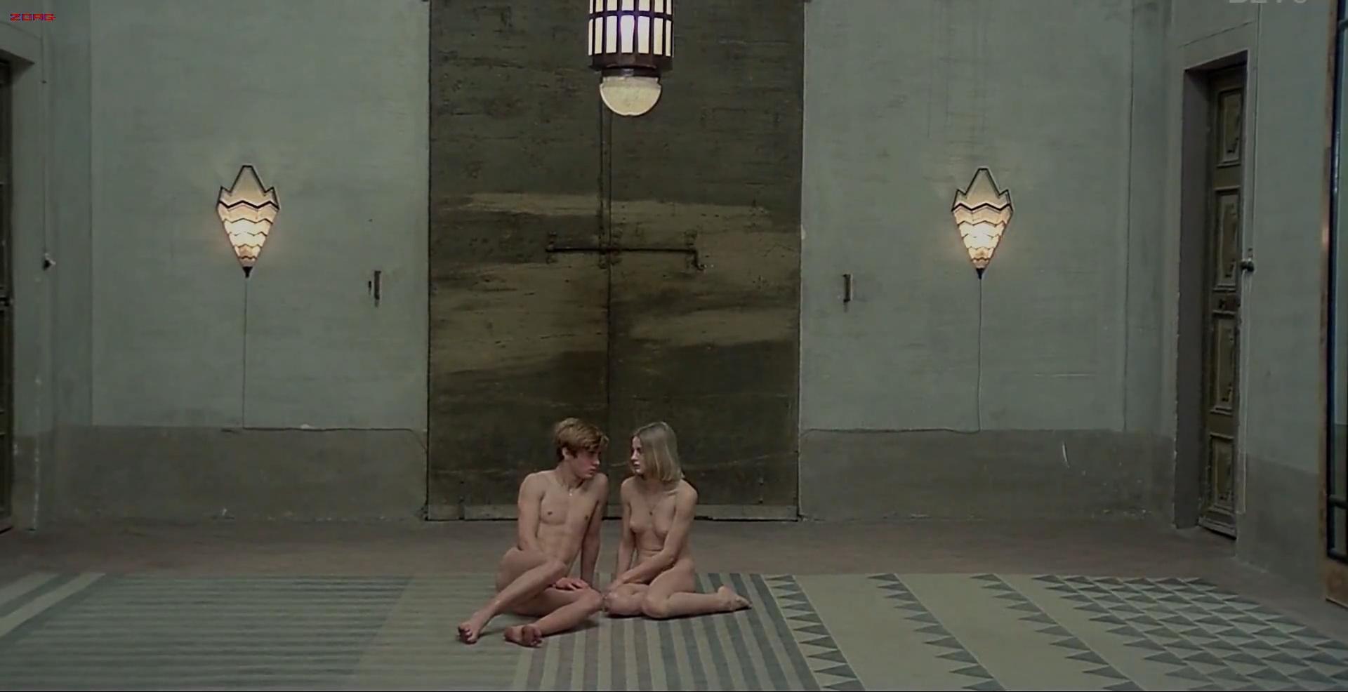 Renata Moar nude full frontal - Salo - 120 Days of Sodom (1975) hd1080p (10)