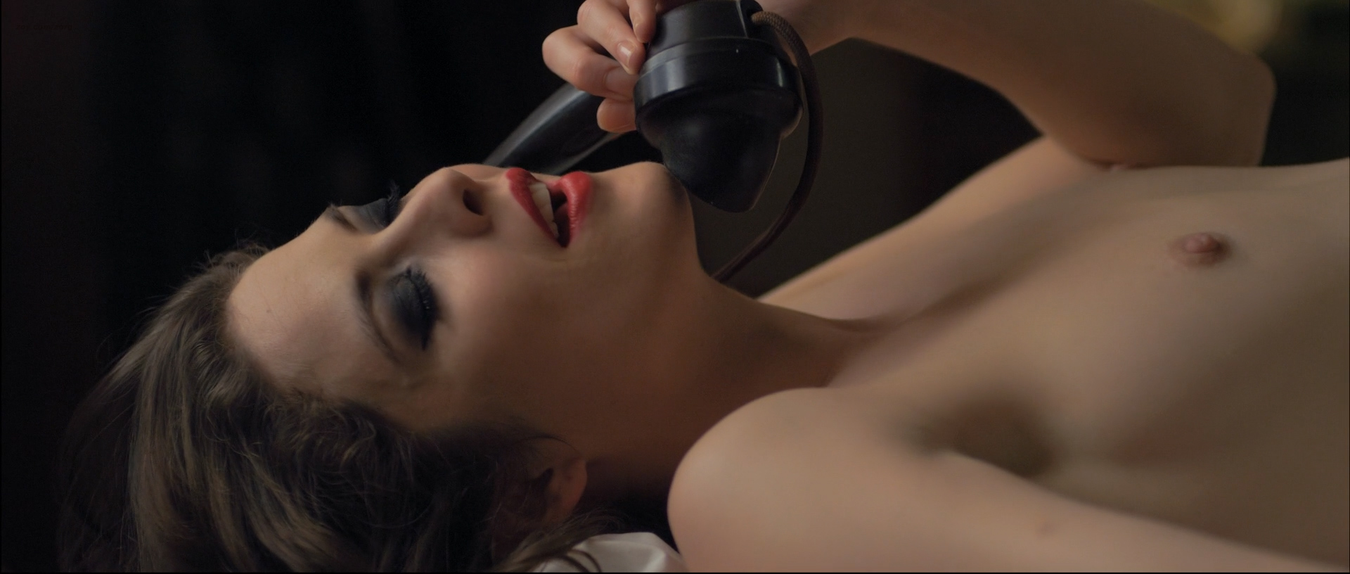 Elizabeth henstridge sex scene
