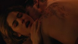 Emily Bett Rickards nude sex but covered - Arrow (2015) s3e20 hd720p. (1)