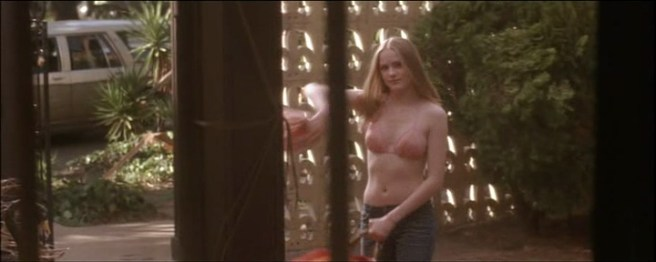 Evan Rachel Wood hot in bikini and some mild sex - Down in the Valley (2005) (7)
