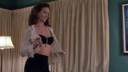 Kelly Lynch nude but covered Heather Graham hot - Drugstore Cowboy (1989) HD 1080p BluRay (4)