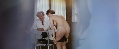 Laura Antonelli nude topless and nude bare butt - Il merlo maschio (IT-1971) (8)
