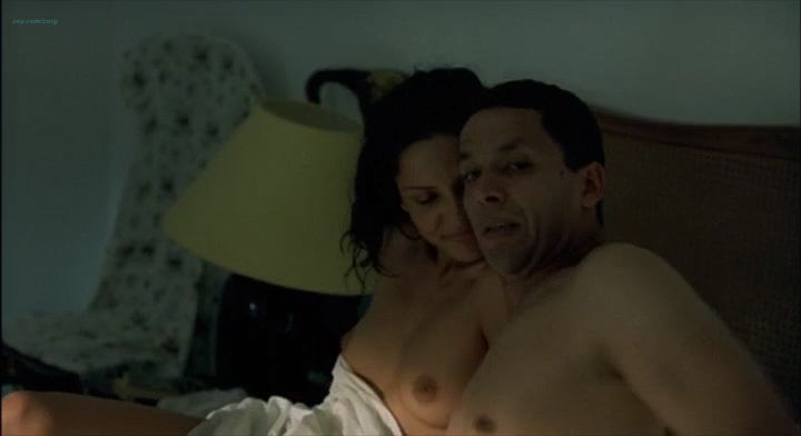 Leonor Varela nude topless and nude butt - Pass is Grave (FR-2003) (8)