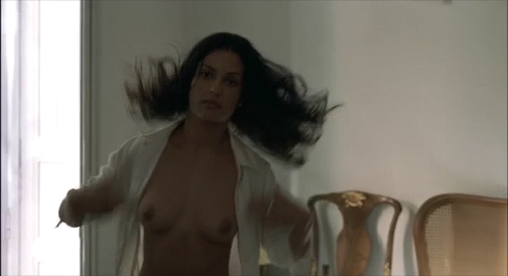 Leonor Varela nude topless and nude butt - Pass is Grave (FR-2003) (10)