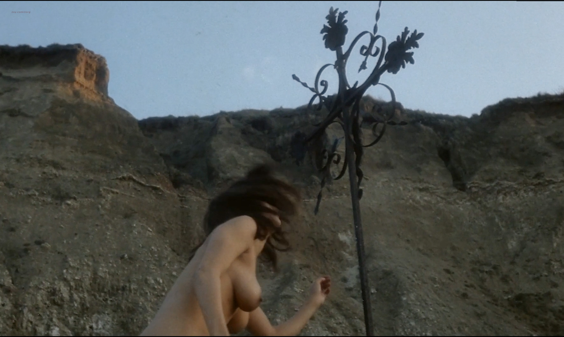 Françoise Pascal nude full frontal butt, bush and nude outdoor - La Rose de fer (FR-1973) hd1080p (14)