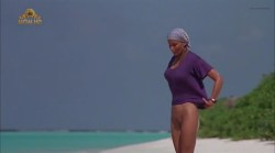 Bo Derek nude full frontal - Ghosts Can't Do It (1989) (8)