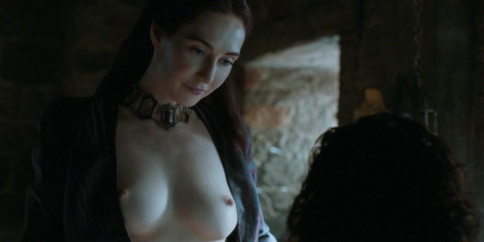 Carice van Houten nude topless and Emilia Clarke hot not nude - Game of Thrones (2015) s5e4 hd720/1080p (2)