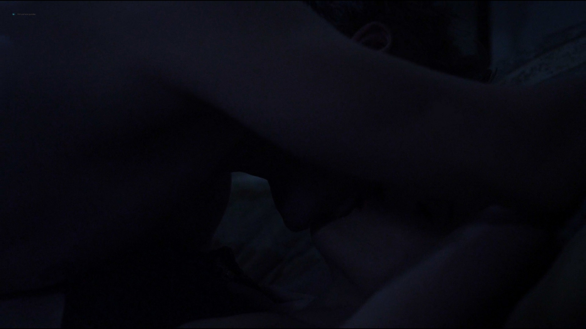 Lucy Griffiths hot sex Cassidy Freeman sex - Don't Look Back (2014) HD 1080p Web (2)