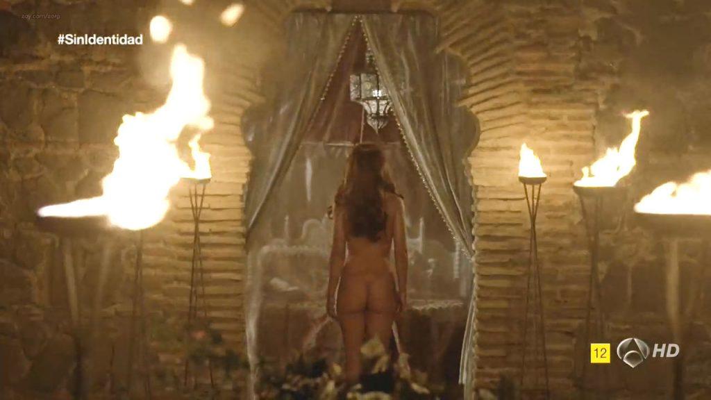 Megan Montaner nude sex and Veronica Sanchez nude too - Sin Identidad (ES-2014) S1 HDTV 720p (18)