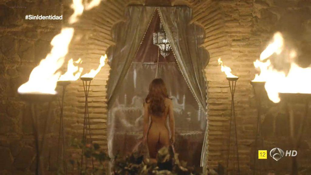 Megan Montaner nude sex and Veronica Sanchez nude too - Sin Identidad (ES-2014) S1 HDTV 720p (17)
