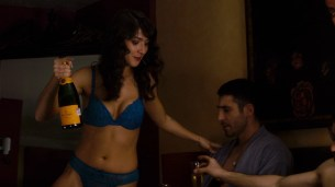 Amy Mußul nude hot sex Erendira Ibarra not nude lingerie and Tuppence Middleton bra - Sense8 (2015) s1e2 hd720-1080p (24)