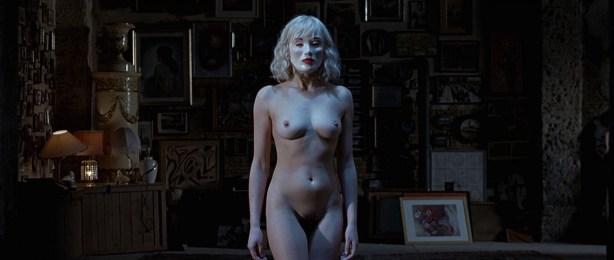 Kseniya Rappoport nude full frontal and Claudia Gerini nude full frontal too- La sconosciuta (IT-2006) hd1080p (8)
