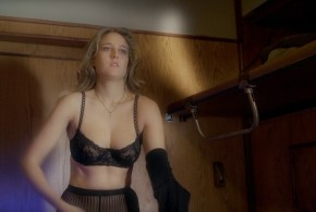 Leelee Sobieski hot in see through lingerie – Night Train (2009) hd1080p BluRay