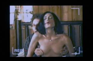 Melora Walters nude topless and Lara Flynn Boyle nude topless – Speaking of Sex (2001) HD 1080p