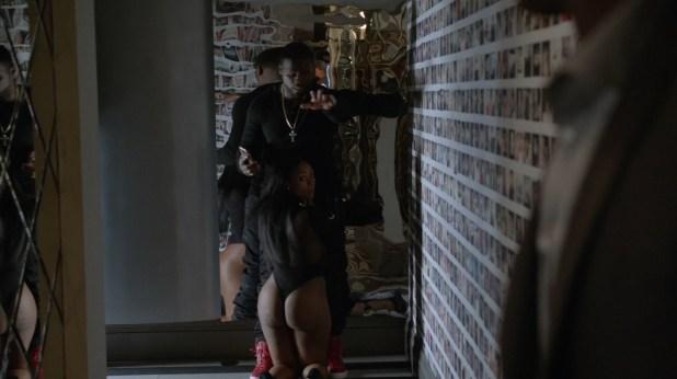 Naturi Naughton nude topless and sex and Beverly Sade bj - Power (2015) s2e2 hd720-1080p (3)