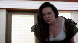 Taylor Schilling hot giving oral to Laura Prepon - Orange Is the New Black (2015) s3e2 hd1080p (1)
