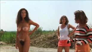 Iaia Forte nude sex and Paola Iovinella nude bush full frontal - I buchi neri (IT-1995)