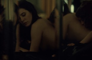 Katharine Isabelle hot lingerie and Caroline Dhavernas hot lesbian – Hannibal (2015) s3e6 hd1080p