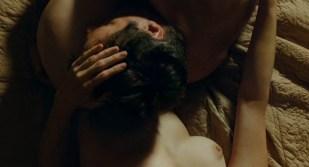 Marie-Josée Croze nude brief topless and sex - Je l'aimais (FR-2009)