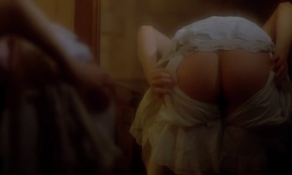 Marina Pierro nude butt bush and topless and Magali Noaro nude - The Strange Case of Dr. Jekyll and Miss Osbourne (FR-1981) (9)