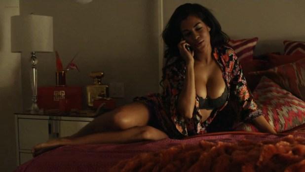 Zashia Monique Santiago hot in bikini and lingerie - Bellers (2015) s1e4 hd720p (12)