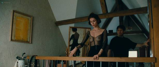 Alessandra Martines nude topless - Tout ca pour ca (FR-1993) HD 1080p BluRay (3)