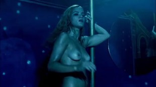 Alice Braga nude topless bush and lot of sex - Cidade Baixa (BR-2005)