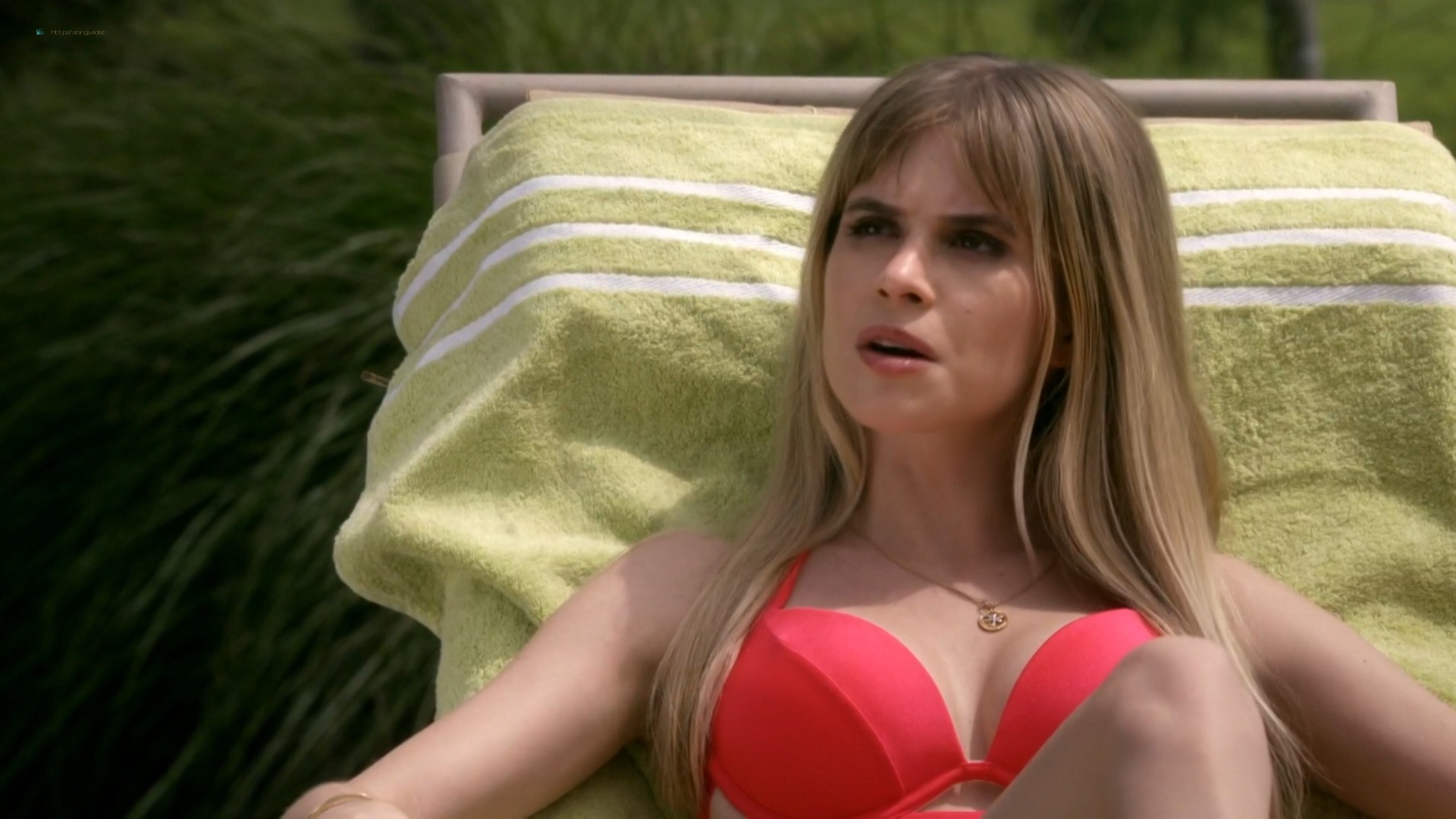 "Carlson Young hot in bra and panties – <span class=""highlight highlight-""red"""">Scream (2015) s1e3-4-8 hd1080p</span>. Carlson Young hot in bra and panties compilation from season one episode 3-4 and 8. (14)"