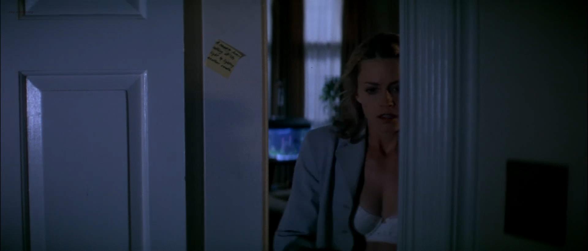 Elisabeth Shue hot sexy some sex too- The Saint (1997) hd1080p WEB-DL (3)