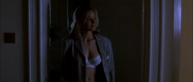 Elisabeth Shue hot sexy some sex too- The Saint (1997) hd1080p WEB-DL (2)