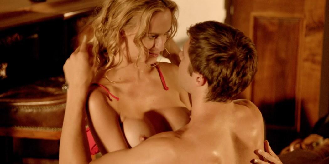 Jena Sims nude sex Mischa Barton hot others nude - American Beach House (2015) hd1080p BluRay (14)
