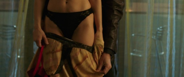 Maria Bello hot and sexy in black lingerie - Butterfly on a Wheel (2007) hd1080p BluRay (3)