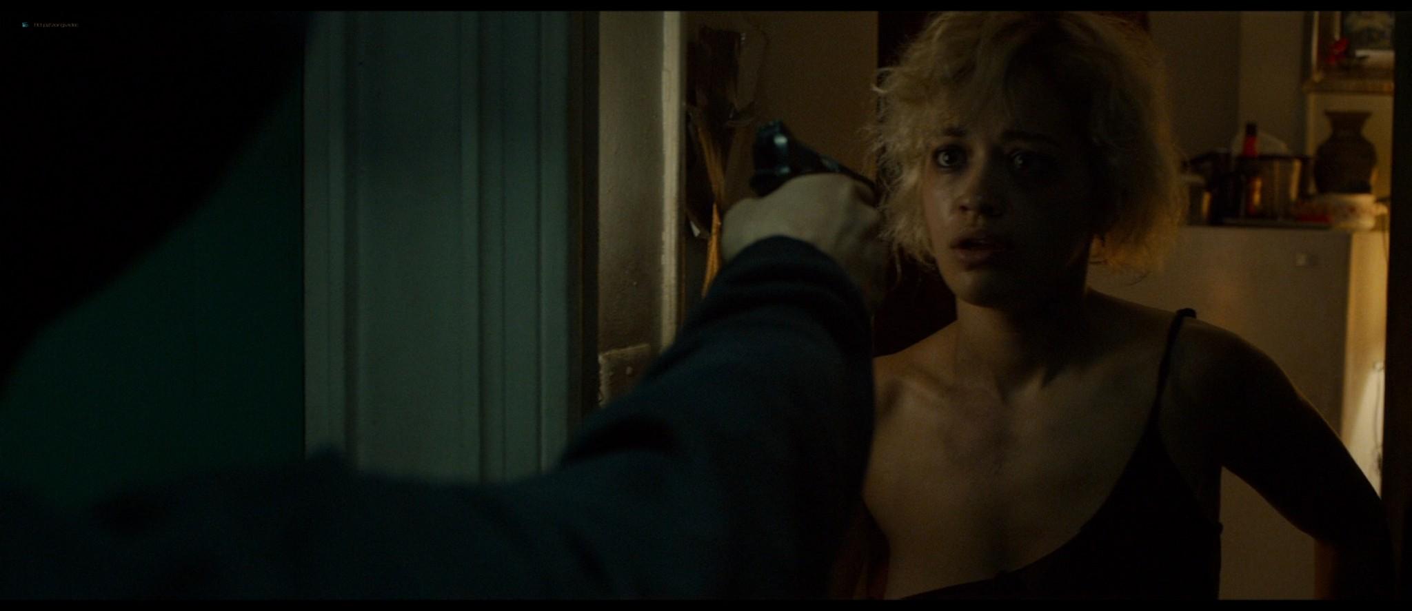 Rachel McAdams hot in panties and bra - Southpaw (2015) HD 1080p BluRay (2)