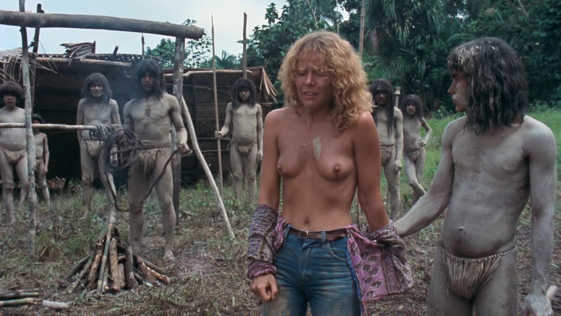 Zora Kerova nude topless - Cannibal Ferox (IT-1981) hd1080p BluRay (9)