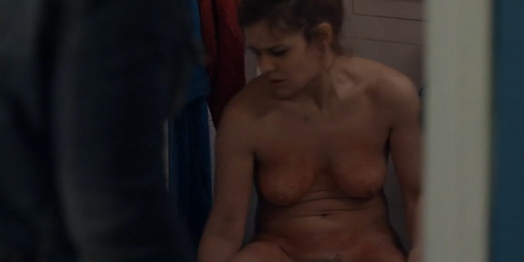 Marie Denarnaud nude full frontal nude boobs and labia - Une Histoire Banale (FR-2014) (5)