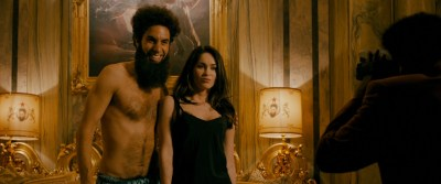 Megan Fox hot Anna Faris hot others nude boobs - The Dictator (2012) HD 1080p BluRay (9)