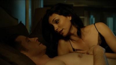 Morena Baccarin hot lingerie and Jessica Lucas hot - Gotham S02E01 (2015) HD 720-1080p (8)
