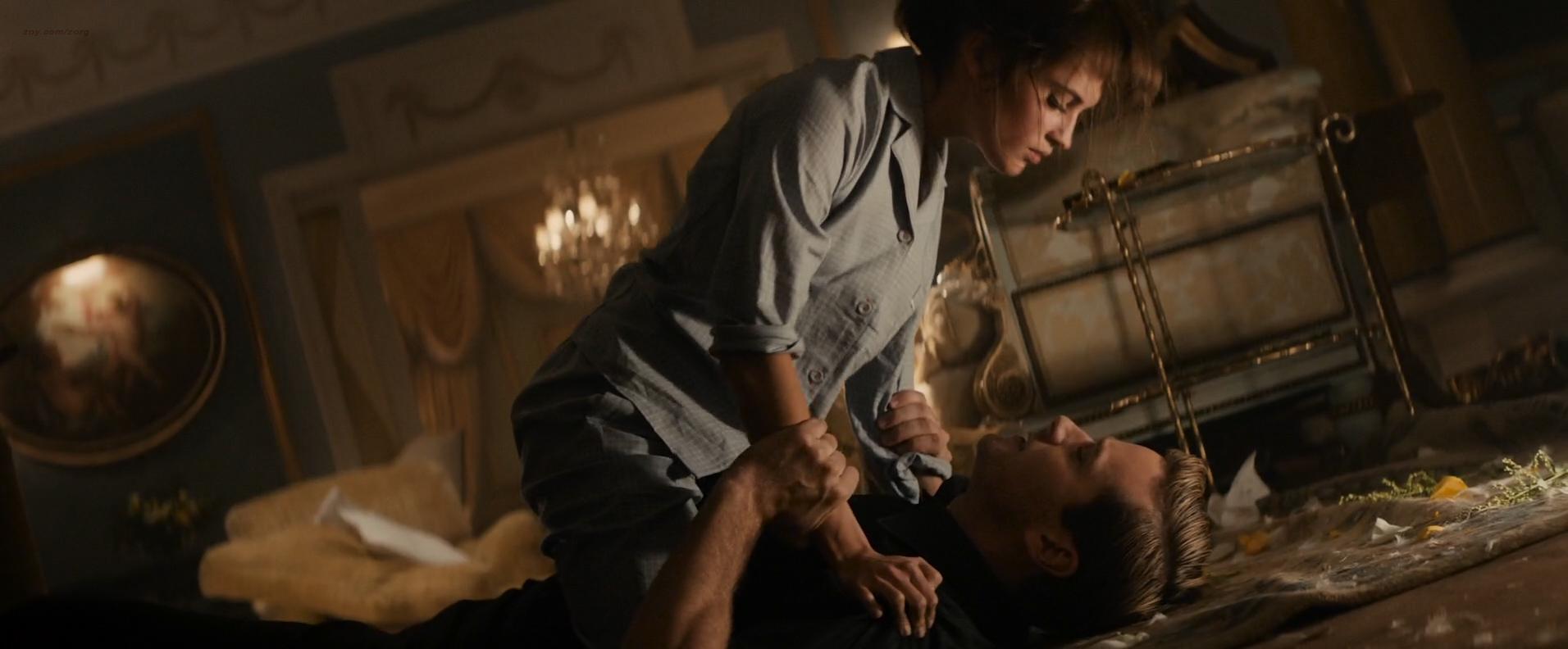 Alicia Vikander hot and sexy and unaccredited butt see through - The Man from U.N.C.L.E. (2015) HD 1080p Web-Dl (4)