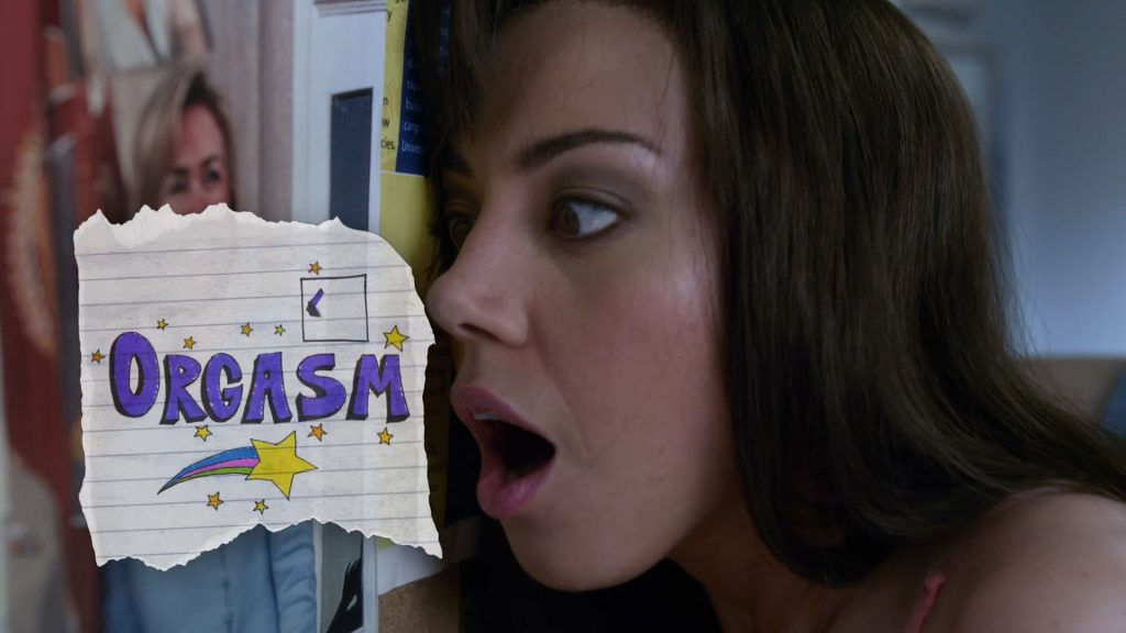 Aubrey Plaza hot sexy and funny and Rachel Bilson hot - The To Do List (2014) HD 1080p (2)