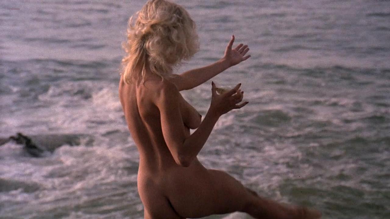 Kristi Somers nude bush, Darcy DeMoss nude others nude too - Hardbodies (1984) HD 720p WEB-DL (3)