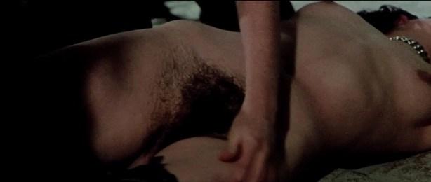 Lina Romay nude bush Monica Swinn & Anna Watican - Female Vampire (1973) HD 720p BluRay (16)