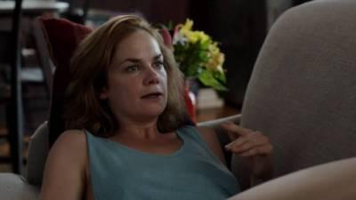 Ruth Wilson hot sex and sexy in bikini – The Affair (2015) s2e3 HD 720p (5)