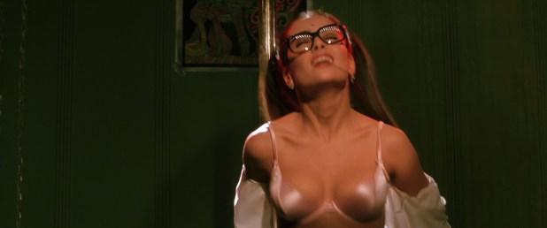 Salma Hayek hot and Linda Fiorentino hot and sexy - Dogma (1999) HD 1080p BluRay (2)