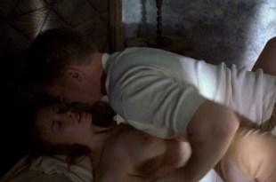 Shauna Macdonald nude topless - The Rocket Post (2006) (3)