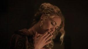 Alicja Bachleda nude topless and Yvonne Strahovski hot - Edge (2015) HD 1080p (4)