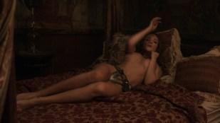Alicja Bachleda nude topless and Yvonne Strahovski hot - Edge (2015) HD 1080p