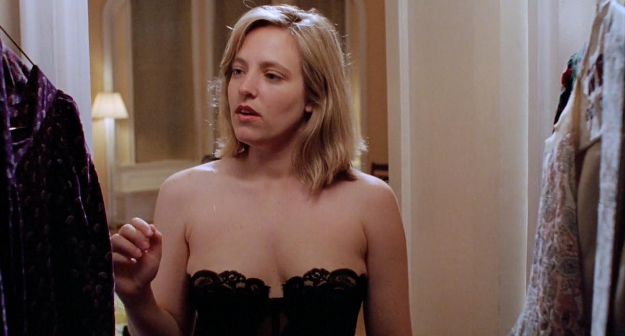 Catherine Keener nude topless - Living in Oblivion (1995) HD 720p (7)
