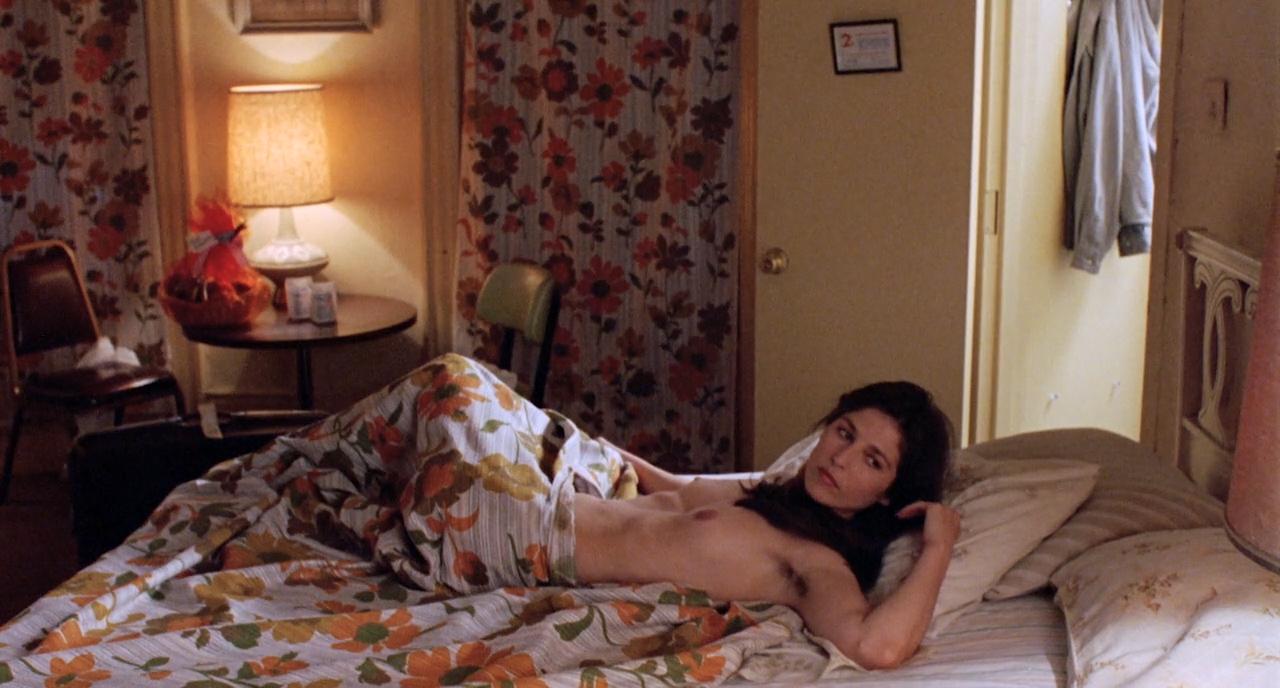 Catherine Keener nude topless - Living in Oblivion (1995) HD 720p (5)