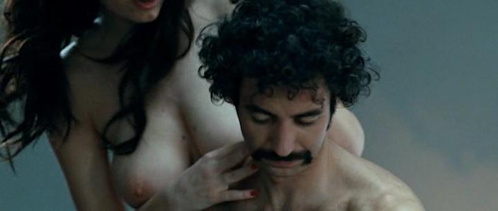 Giulia Michelini nude bush and Tiziana Buldini nude too - Immaturi (2011) (7)